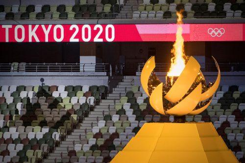 Chama olímpica no estádio Olímpico de Tóquio, Japão, 23/7/2021 (JOSÉ COELHO/LUSA)