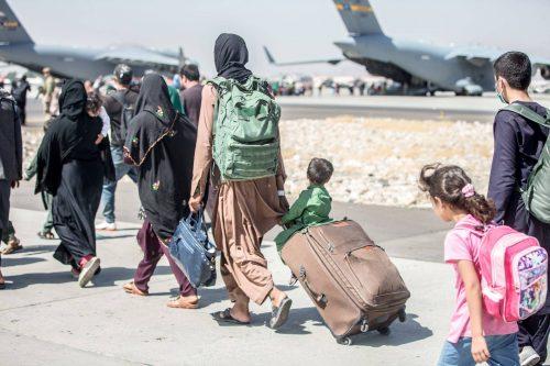 Evacuação no aeroporto de Cabul, 23/8/2021 (Sgt. SAMUEL RUIZ/EPA/LUSA)